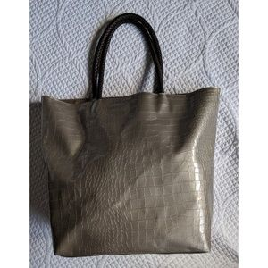 Neiman Marcus 18x14 Shopping Tote Faux Alligator
